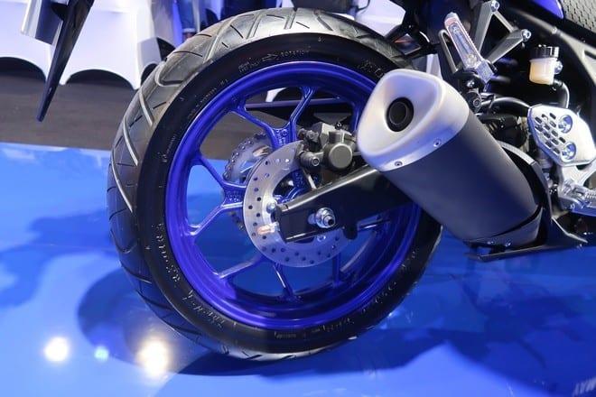 mâm xe máy r25