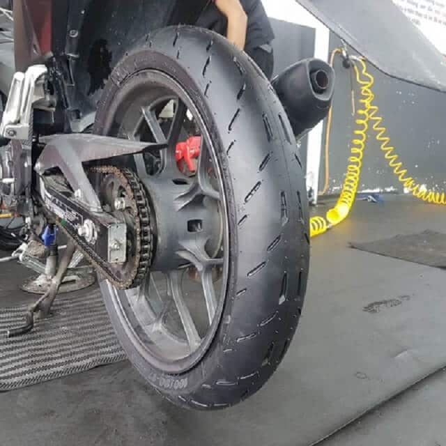 vo-xe-michelin-cho-exciter-155-3